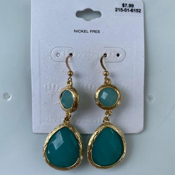 Dangly Green Earrings